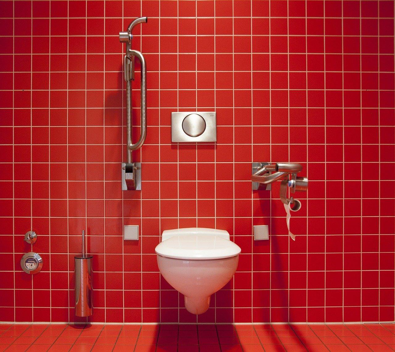 トイレで1万円セックス・・・渡部建
